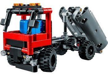 LEGO-42084