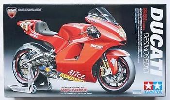 Ducati Desmosedici. Kit d eplástico escala 1/12.
