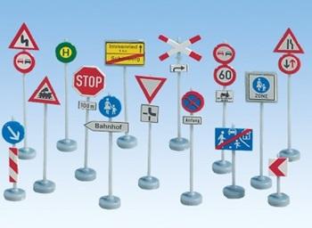Set de señales de tráfico, escala N.