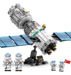 Nave espacial , 804 piezas.