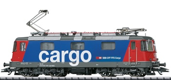 Locomotora eléctrica de la clase Re 4/4 II de la SBB Re 421. Digital c