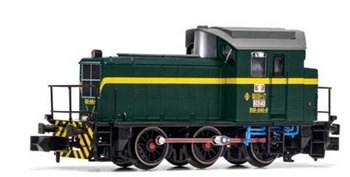 Locomotora maniobras Diesel RENFE 303-040-0, época IV.