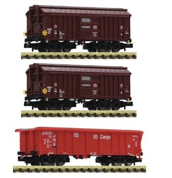 Set de tres vagones para el transporte de arcilla