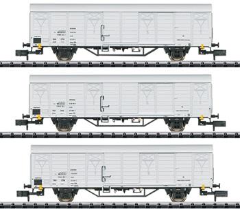 Set de tres vagones Bauart Ibblps de la DR, época IV.