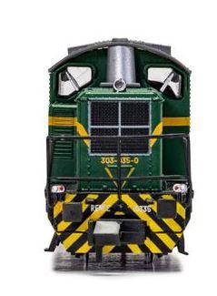 Locomotora diesel clase 303-035-0, época IV. Digital.