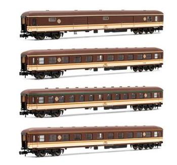 Set de 4 coches RENFE DD8100 Estrella.